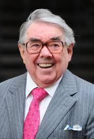Corbett, Ronnie – Comedian enjoyed his Grantham breakfasts