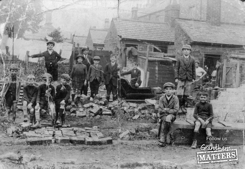 Harrow Street back yards in 1905