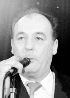 Wallis, Noel – Bricklayer built his life on music