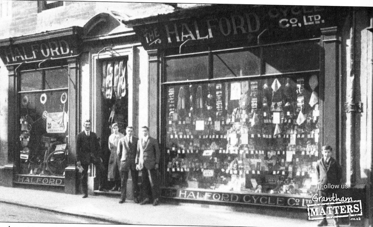 remember this halford 39 s shop. Black Bedroom Furniture Sets. Home Design Ideas